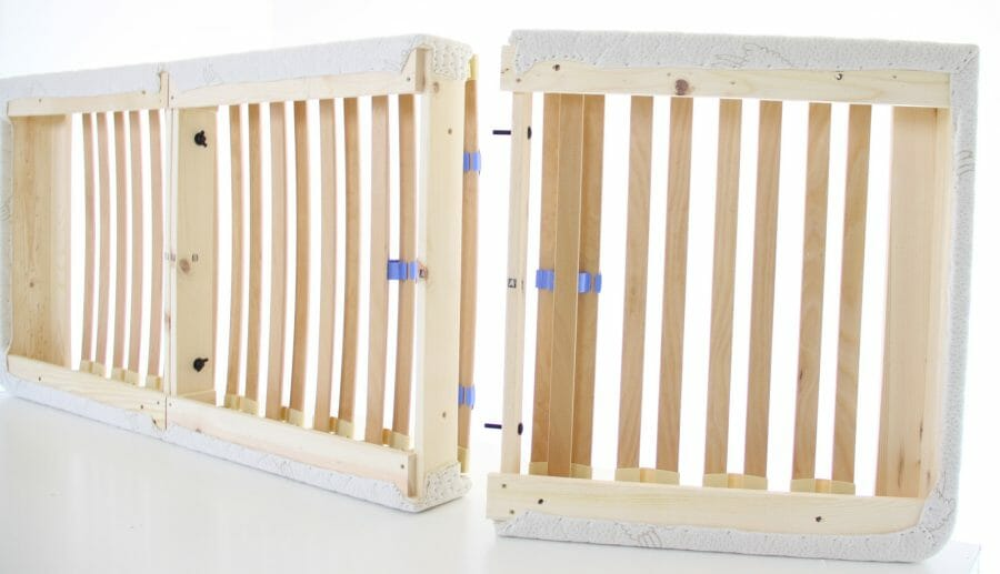 European Slat Foundation goes together with 8 wing-nuts.